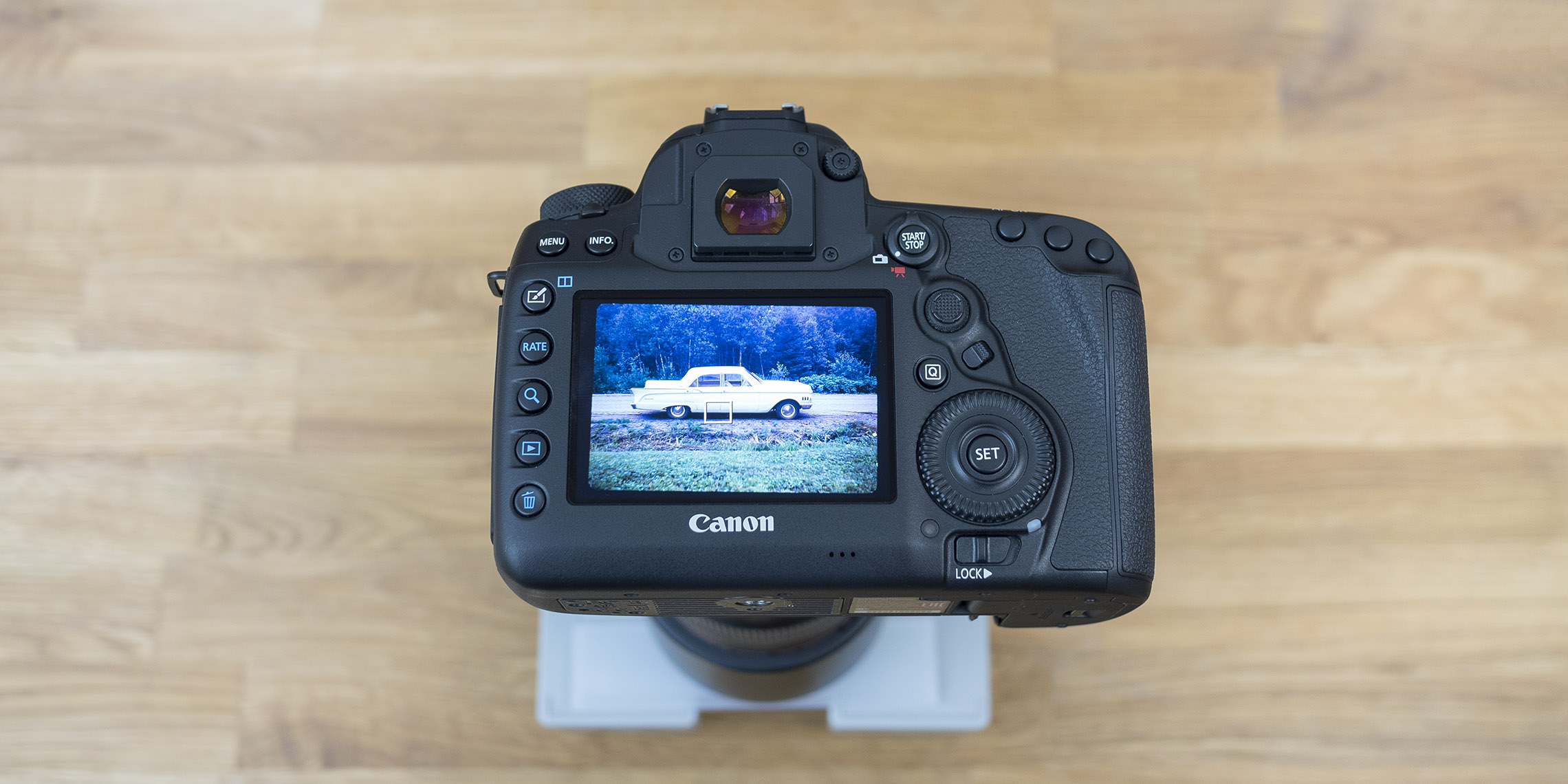 Quick Comparison: Canon 5D Mark IV vs Noritsu LS-600